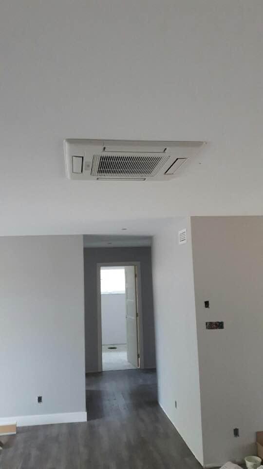 Thermopompe plafonnier