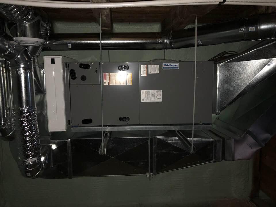 Fournaise électrique, installation horizontale pour espace restraint
